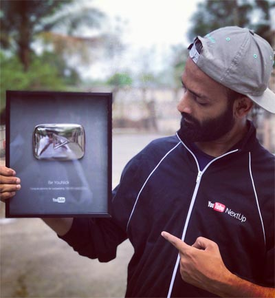 Be YouNick YouTube Silver Play Button